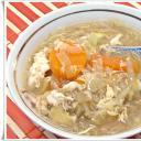 Csípős savanyú leves csirkemell csíkokkal